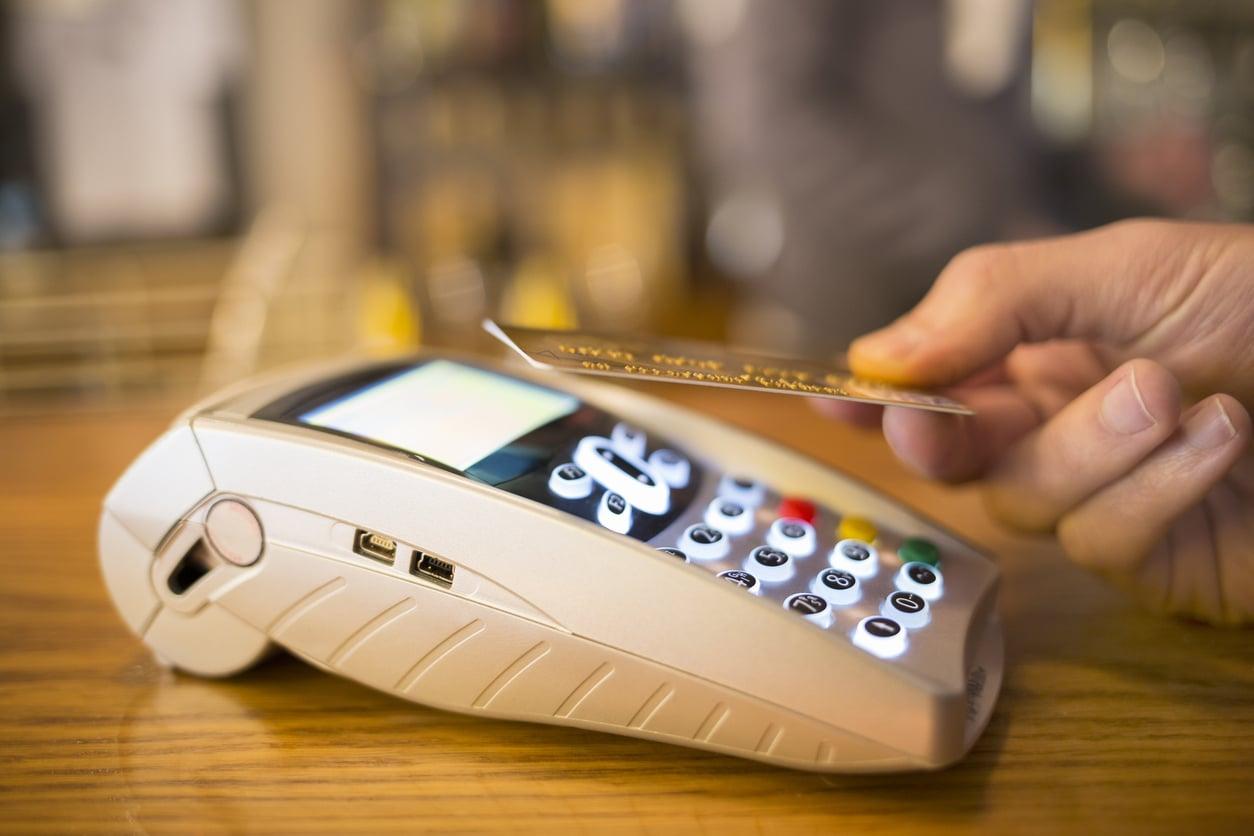 Carte bancaire sans contact : comment la choisir ?