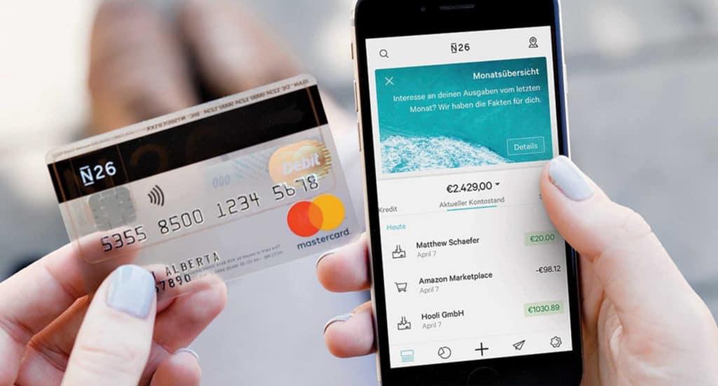 la carte bancaire et l'application de la néobanque N26