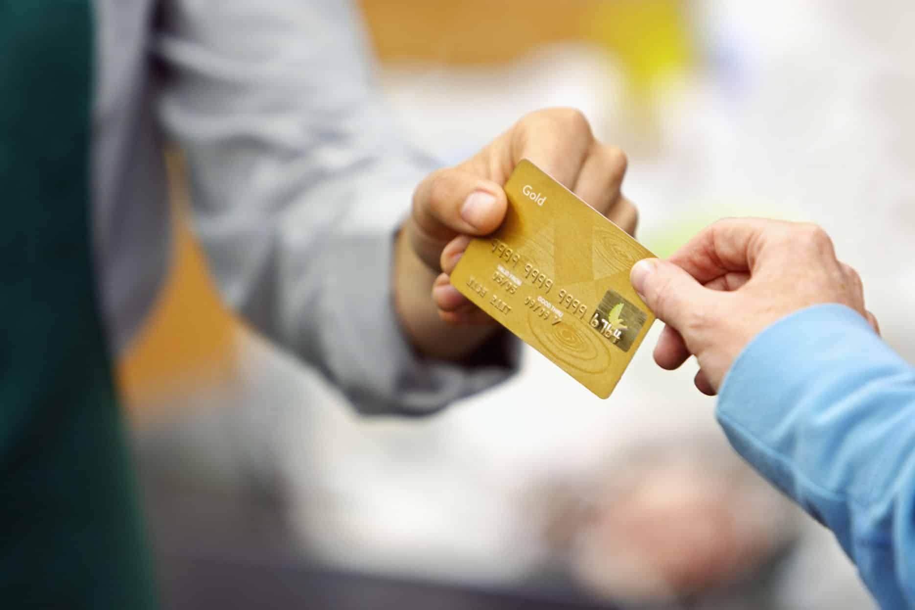 Plafond de carte bancaire : quels sont-ils et comment les augmenter ?