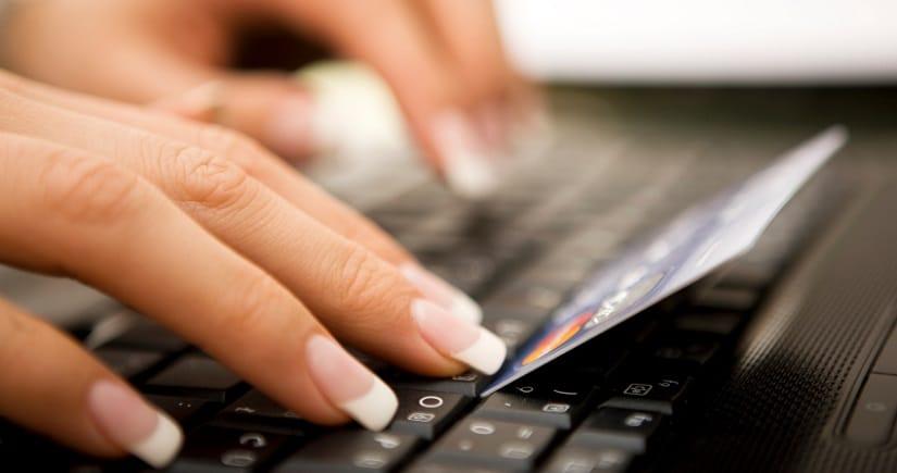 FICP : trouver une banque en ligne