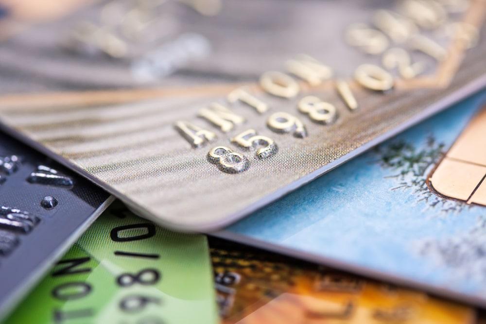 diverses cartes bancaires