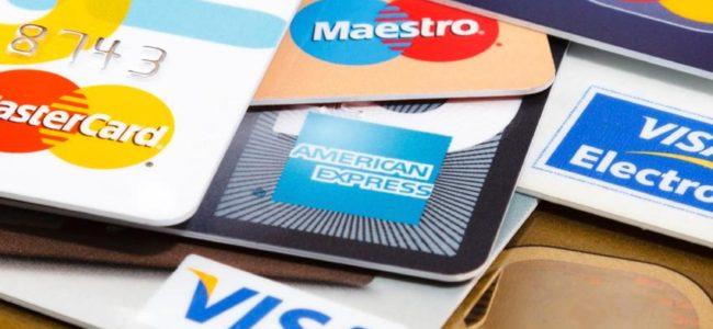 carte de debit ou carte de credit ?