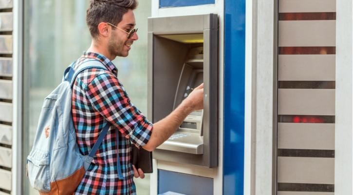 frais pour paiement par carte à l'étranger