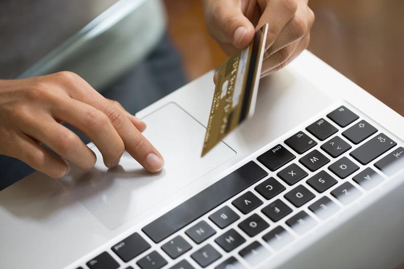 Carte bancaire refusée sur Internet : les points à vérifier