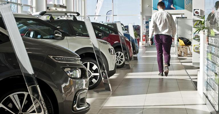Baisse du crédit à la consommation voitures