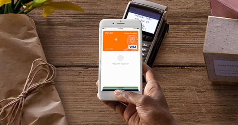 Payer avec son iPhone.jpg